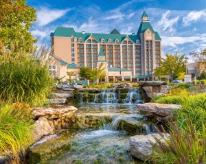 Chateau on the Lake Resort & Spa --- Exterior (with waterfall)